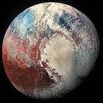 Pluto Melakukan Perjalanan Melalui Pikiran